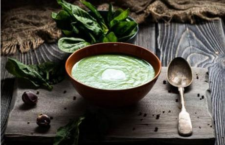 paleo soup recipes spinach soup featured image