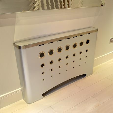hallway-casa-radiator-covers-galvanised-with-mirror-top
