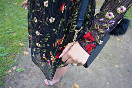 Cannes Chic // Embroidered Floral Dress, Khaki Sandals and Rosy Shades // Outfit