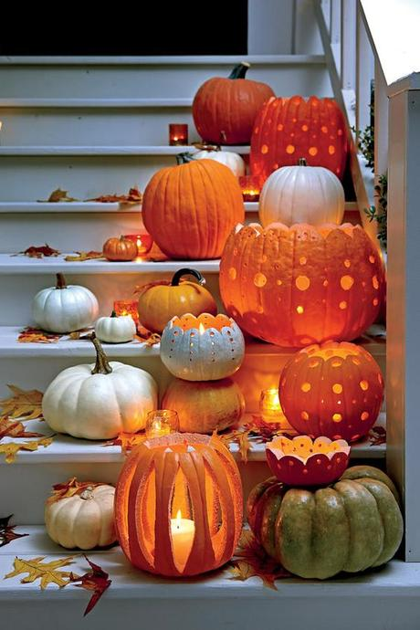 Happy halloween our favorite spooky silly and charming halloween decorating ideas paperblog - Charming halloween decoration using love pumpkin carving ...