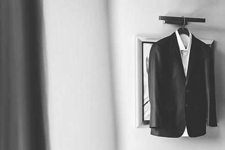 wedding-rhodes-greece-groom-suit