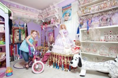 Toddlers & Tiaras: Beach Beach Baby. It's Finally Time To Make Some Waves With Universal Royalty Pageants.