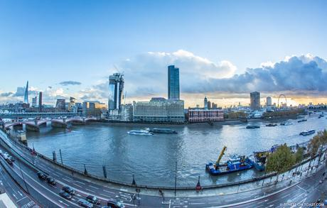 fitness-on-toast-faya-blog-book-girl-fit-in-3-little-brown-behind-the-scenes-bts-london-capital-thames-skyline-view-panoramic-28