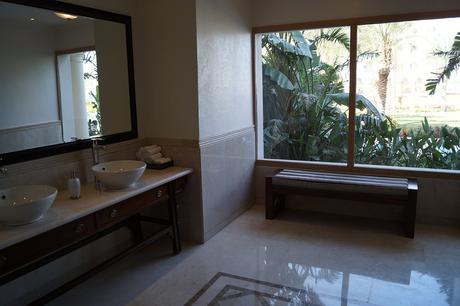 bathroom-680130_960_720