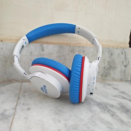 Mixcder ShareMe 7 White Blue Wireless Headphones Review, Features