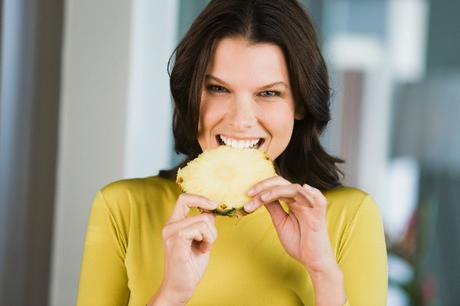 Benefits of Eating Pineapple for Skin, Hair and Health