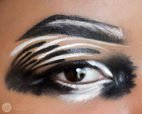 black-and-white-eye-makeup.jpg