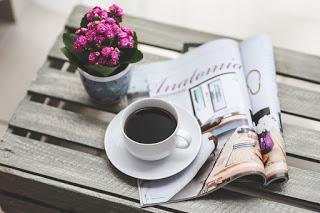 https://pixabay.com/en/coffee-magazine-newspaper-read-791439/