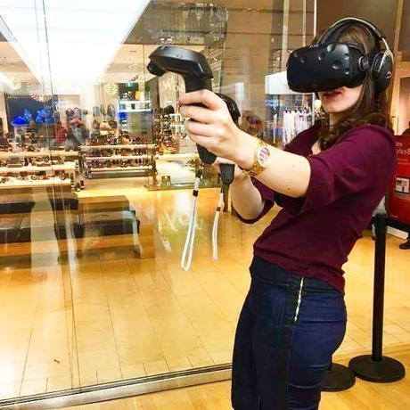 htc_vive_virtual_reality_trendy_techie_sage_franch