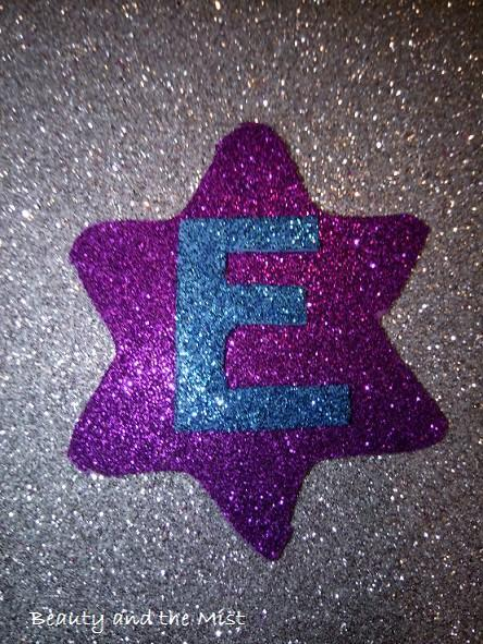 DIY: Christmas Tree Ornaments with Glitter Foam Paper