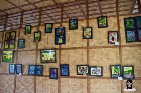 Hanged framed photos at the Farmhouse in Aloguinsan Cebu | Blushing Geek
