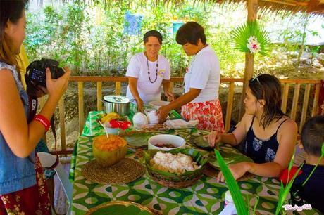 Lunch served at Bojo River in Aloguinsan Cebu | Blushing Geek
