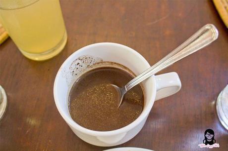 Hot choco drink at the Farmhouse in Aloguinsan Cebu | Blushing Geek