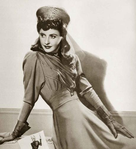 1940s-Winter-Fashion---Barbara-Stanwyck