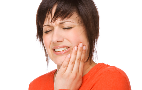 What Are the Signs That Root Canal Therapy Is Needed?