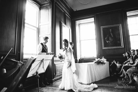 The-Painted-Hall-Wedding-Photography-10018
