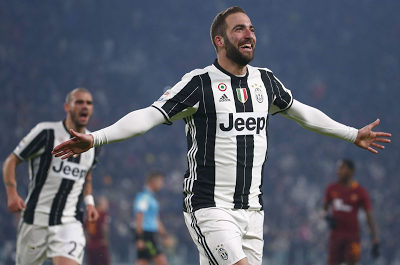 Higuain Seals Juventus Win Against Roma