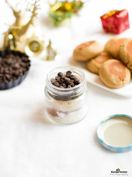 DIY hot chocolate recipe - edible gifts for holidays