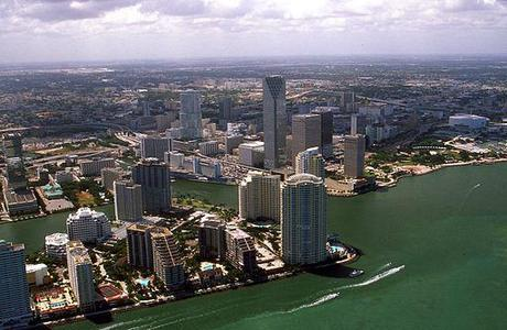 English Course in Miami: downtown aerial view