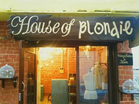 Welcome to the House of Blondie
