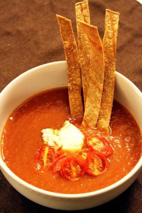 Vegetarian Tortilla Soup with Creative Toppings - Paperblog