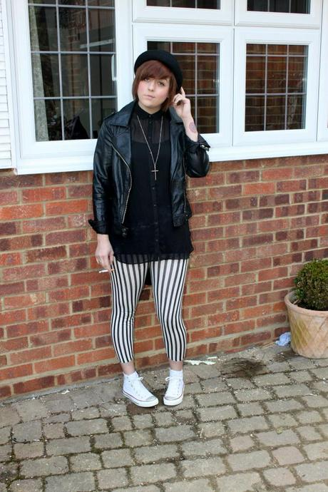 What Scarlett Wore - stripped leggings