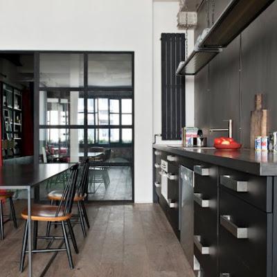 parisian industrial chic paperblog. Black Bedroom Furniture Sets. Home Design Ideas