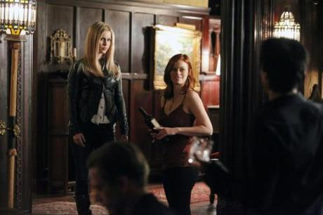 "Review #3383: The Vampire Diaries 3.17: ""Break on Through"""