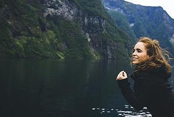 essays of traveling europe