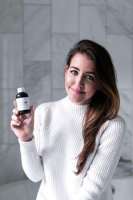 Amy Havins talks about her favorite dry shampoo for blondes, brunettes and redheads.