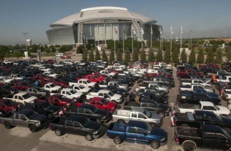 Longest Parade of Pickup Trucks