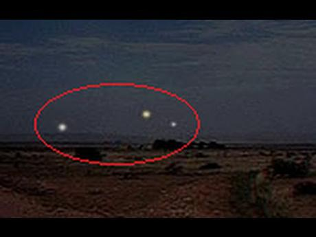 Min Min Lights - with Sheryl Gottschall. UFO Research Queensland Five-creepy-unsolved-mysteries-part-23-L-zETh6d