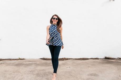 Amy Havins wears a printed blue Shoshanna dress and skinny jeans.