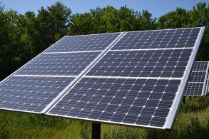 fixed_tilt_solar_panel_at_canterbury_municipal_building_canterbury_new_hampshire