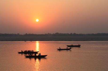 DAILY PHOTO: Golden Bridge on the Ganges, Varanasi