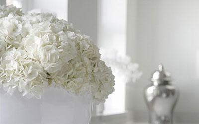 white flowers in kitchen