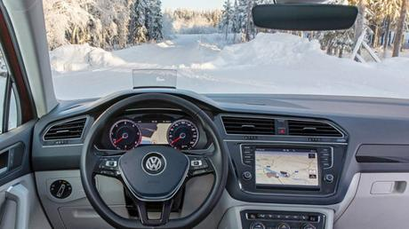 Foil those morning frosts – Volkswagen's climate windshield