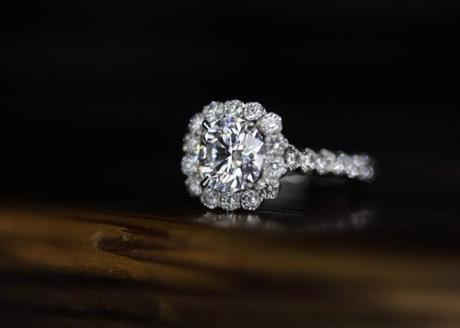 LadyJ76 1.71ct-E-SI1 round engagement ring