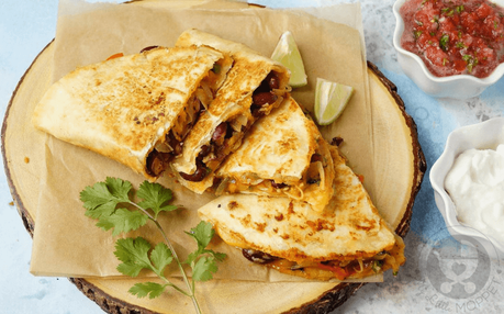 Kids tired of plain old roti-sabzi? Give your staple meal a Mexican twist and turn them into filling, tasty and nutritious Rajma Veggie Quesadillas!