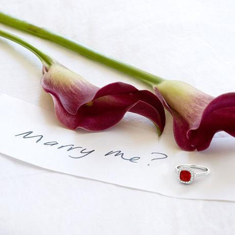 10-Romantic-Ways-to-Propose-Your-Loved-One