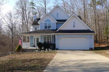Powell Home For Sale – 117 Royal View Lane, Powell, TN 37849