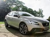 Review Volvo V40: Putting Back into Functionality
