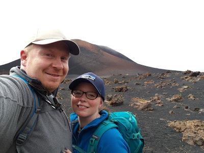 us two and a volcano - Hiking Chinyero -  www.growourown.blogspot.com