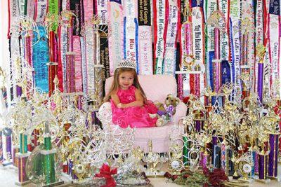 A-past-contestant-seen-on-Toddlers--Tiaras._gallery_primary