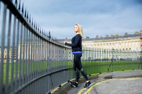 Fitness On Toast Faya Blog Girl Healthy Workout Saucony Stretches Stretching Warm Down Shoes-6