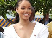 #BInspirational Rihanna Named Harvard University Humanitarian Year