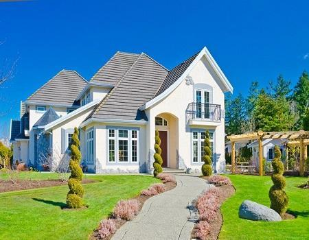 Top 5 Landscaping Tips To Enhance Your Outdoor Areas