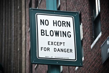 no-horn-blowing