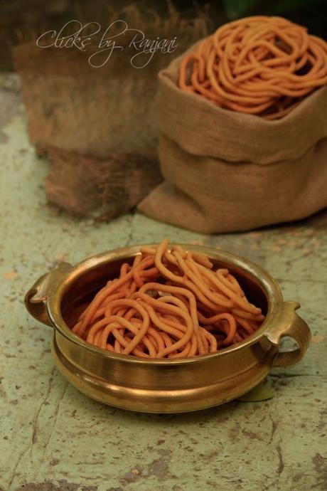 thenkuzhal-murukku-recipe-south-indian