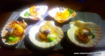 Estella, Juhu : Australian dinner by the sea; under the sky!